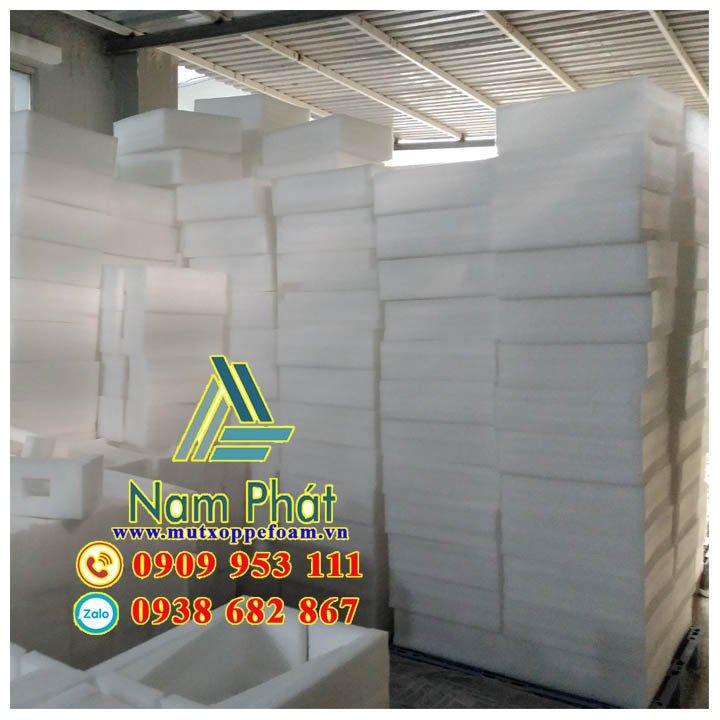 Mút xốp pe foam cắt tấm giá rẻ Nam Phát